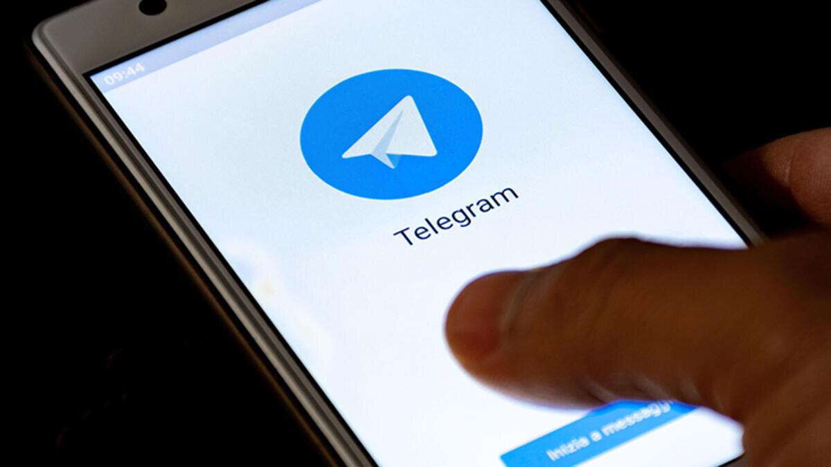 3- Başkalarıyla sohbet ederken Gizli Sohbetler özelliğini kullanabilirsiniz. Bu, sohbetlerinizin daha iyi şifreleneceği anlamına gelir. Böylece her mesaj, yalnızca sizin ve alıcınızın kullanabileceği anahtarlarla şifrelenir.