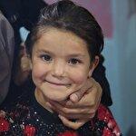 500 Suriyeli kız çocuğu için 'hem saçlara hem kalplere örgü' projesi hayata geçirildi