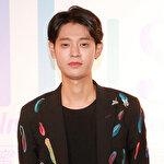 K-Pop yıldızını 'uygunsuz' görüntü yaktı