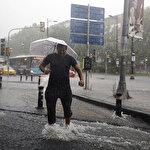 İstanbul'da sağanak yağış: Yağmur ne zaman dinecek?
