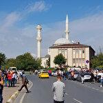 İstanbul'da deprem: Avcılar'da caminin minaresi yıkıldı