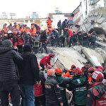 Elazığ'da 12 saat sonra mucize kurtuluş