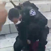 Israeli soldiers arrest child at Damascus Gate in Jerusalem