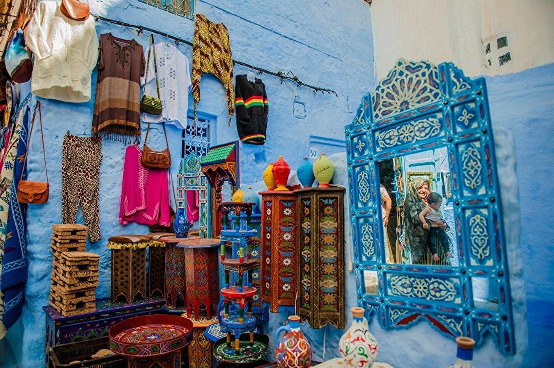 """شفشاون"""" المغربية.. المدينة الزرقاء"""