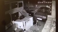 Kepenklere araçla çarparak hırsızlık yaptılar!