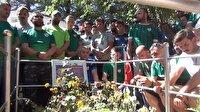 Bursaspor taraftarlarından Halisdemir'in kabrine ziyaret