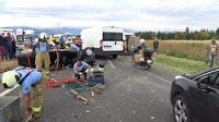 Traktör otomobille çarpıştı: 1 ölü 3 yaralı