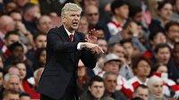 Wenger PSG iddialarını yalanladı