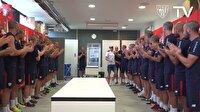 Futbolculardan kanser olan takım arkadaşlarına duygusal destek