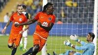 Adebayor: Soldado çok büyük oyuncu