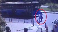 Şişli'de otobüsün altında kalmaktan son anda kurtuldular