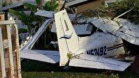 Uçak evin garajına çakıldı