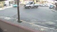 Kamyonetle belediye otobüsü böyle çarpıştı