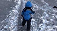 Kazakistan'da siyah kar yağdı
