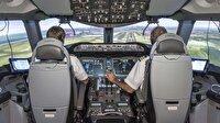 'Sarhoş pilot' yolcuları 3 gün mahsur etti