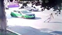 Anaokulu öğretmeninin yaşadığı feci kaza kamerada