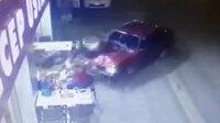 Adana'da ehliyetsiz sürücü kebapçıya daldı