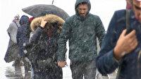 İstanbul'da kar yağışı ekipleri alarma geçirdi