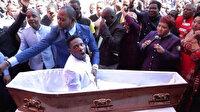 Ölüyü diriltme gösterisi papazı davalık etti