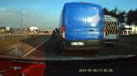 Trafikte makas atarak seyreden kargo minibüsü tehlike saçtı