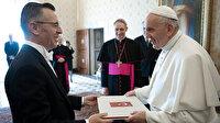 Türkiye'nin Vatikan Büyükelçisi Göktaş Papa'ya güven mektubunu sundu