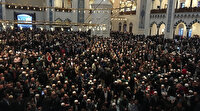 Büyük Çamlıca Camii'nde tarihi kalabalık