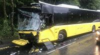 Sarıyer'de kayganlaşan yolda iki İETT otobüsü çarpıştı