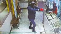 Bomba süsü verdiği paketle kuyumcuyu soydu