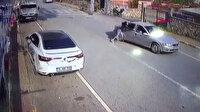 Dövdüğü kadını otomobilinden attı metrelerce sürükledi