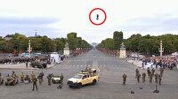 Fransız Devrimi kutlamalarında 'flyboard' büyük ilgi gördü