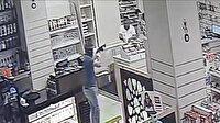 Kar maskeli soygun güvenlik kamerasında