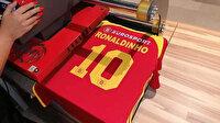 Ronaldinho 39 yaşında futbola geri dönüyor