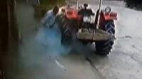 Traktörün lastiği bomba gibi patladı