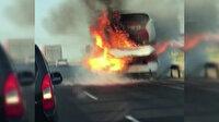 Balıkesir'den İzmir'e giden uzun yol otobüsü yol ortasında alev alev yandı