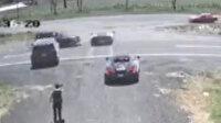 Lamborghini'yi ikiye bölen kaza kamerada