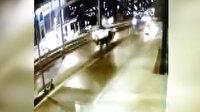 Beylikdüzü'nde kontrolden çıkan araç uçarak direğe çarptı