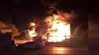Başkent'te plastik fabrikası alev alev yanıyor