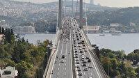 Motosikletlilerin 15 Temmuz Köprüsü'ndeki Cumhuriyet kutlaması havadan görüntülendi