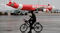 Endonezya'da uçak iniş yapamadı: Yolcular panik yaşadı