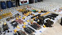 Diyarbakır'da iki ayrı noktada araziye gizlenmiş vaziyette 271 kilo 475 gram patlayıcı ele geçirildi