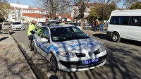 Trafik polisi denetim esnasında denk gelen eşini durdurdu: 108 lira para cezası kesti