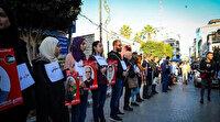 Filistinliler mahkumlara destek için insan zinciri oluşturdu