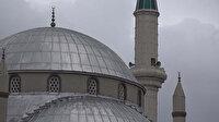 Şiddetli fırtına cami minaresini salladı