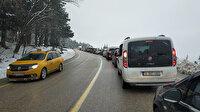 Uludağ'a tatilci akını: 5 kilometre araç kuyruğu oluştu