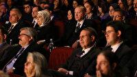 Cumhurbaşkanı Erdoğan Leyla ile Mecnun tiyatro oyununu izledi