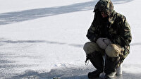 Çıldır'da Eskimo usulü balık avlıyorlar: Ekmeklerini gölden çıkartıyorlar