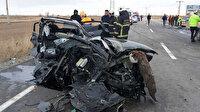 Aksaray'da işçileri taşıyan servis aracı ile otomobil çarpıştı: 16 kişi yaralandı