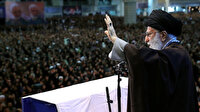 İran dini lideri Hamaney 8 yıl aradan sonra ilk kez cuma namazı kıldırdı