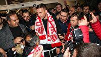 Podolski yeniden Süper Lig'de