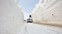 Görenler şaşırıyor: Kar kalınlığı 6 metreyi geçti